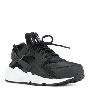 NIKE Women's Air Huarache Sneakers Size 8